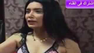 فضيحة خروج بزاز عبير صبري من الفستان وظهور حلماتها الوردية