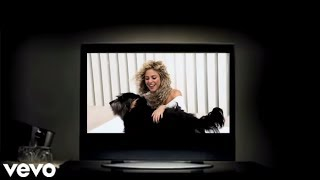Shakira ft Blake Shelton - Medicine (Music Video)