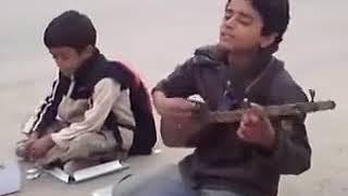 قاصدان آزادی   کودک خیابانی  Iranian Young Singers on The Street