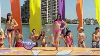 Hot Bikini Girls DANCING !!