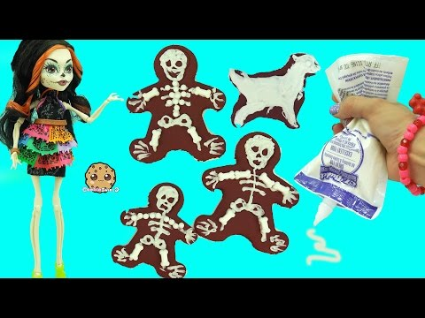 Frosting Decorating Fail - Skeleton Family Mom, Dad, Kids, Dog, Cat Chocolate Cookies Video