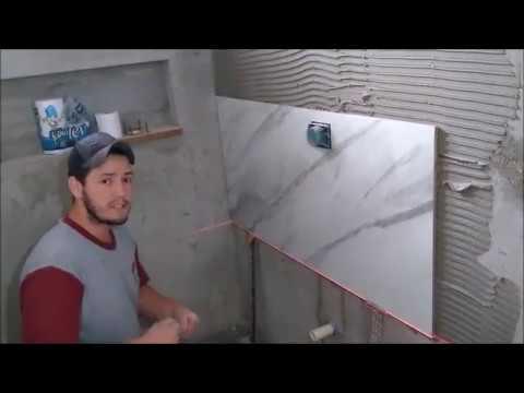 Como escorar a primeira fiada de Porcelanato na parede Modulo curso 1
