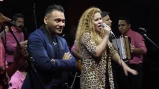 Susana Zaldivar junto a Jean Carlos Centeno   Por estar adorándote en VIVO