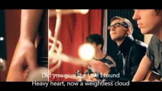 Catch My Breath (Kelly Clarkson) cover lyrics + chords by Alex Goot and Chrissy Costanza