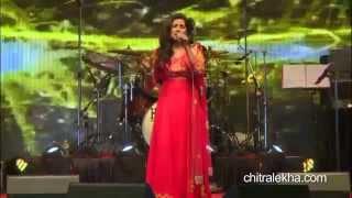 Shreya Ghoshal live on Tu hi to meri dost hain & Saans MeTeri