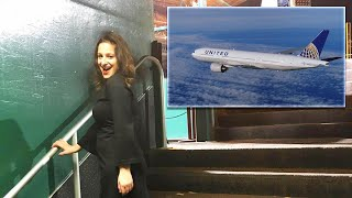 United Airlines Offers Woman $10,000 to Give Up Her Seat on Flight