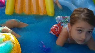 Kids playing with Gelli Baff,  Slime baff and Gelli Snow. Video Compilation .