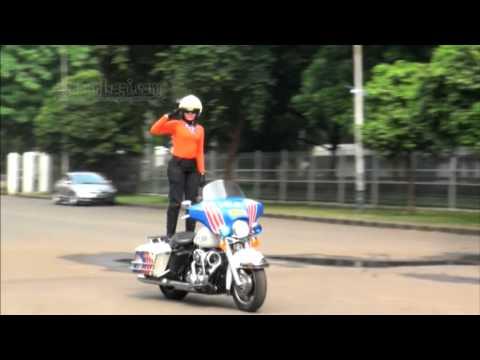 Ini Dia Aksi Brigade Polwan Cantik Di Hari Kartini