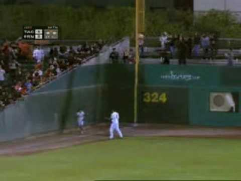 Ballgirl Makes Awesome Catch