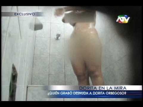Dorita Orbegoso calata en baño de cuartel