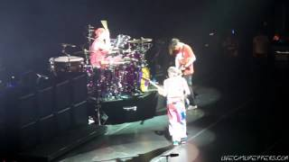 Red Hot Chili Peppers - Can't Stop - Detroit, MI (SBD audio) *Amazing intro*