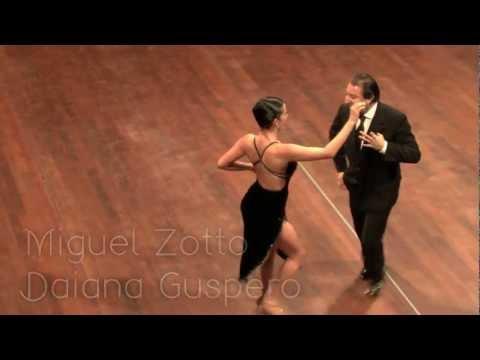 Zotto dancing milonga at Tango Magia 15