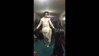 رقص شاد از شیر بچه جاغوری در یک محفل عروسی 2018