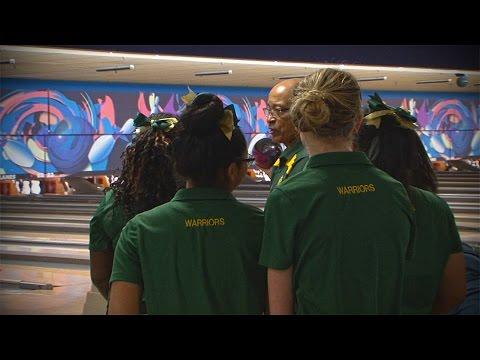 Neuqua Valley vs. Waubonsie Valley, Girls Bowling // 12.13.16