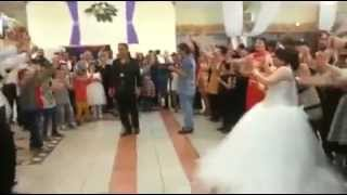 Tota Tota عروس ترقص في عرسها رقص روعة