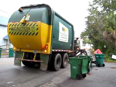 WM McNeilus Garbage Trucks