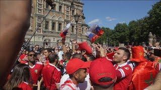 """المغاربة يشعلون سماء روسيا بأغنية """"بيلا تشاو"""" على الطريقة المغربية"""