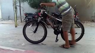 Firefox cycle stunts