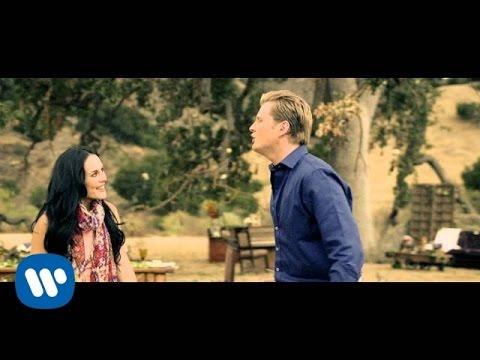 Alexander Acha Amor Sincero feat. Zuria Vega Video Oficial