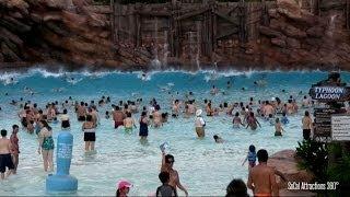 [HD] Impressive Wave Pool - Huge Tidal Waves at Disney
