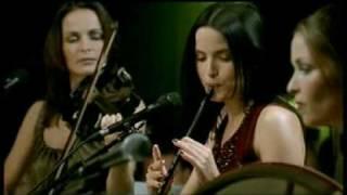 Girls playing violin,Flute TTF (HD)