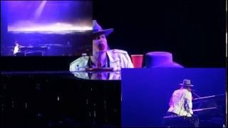 Fantasma concierto axel rose Guns N' Roses   November Rain