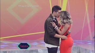 Pintou um clima: Zé Felipe e Babi Rossi 'se beijam' no palco