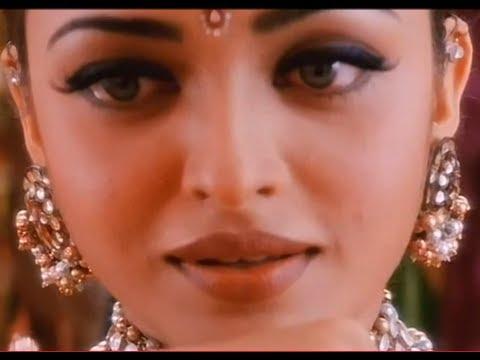 Bollywood Makeup : Aishwarya Rai inspired makeup look