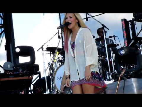 Demi Lovato Doing a Funny Dance a Blast Of Wind Blows Her Dress