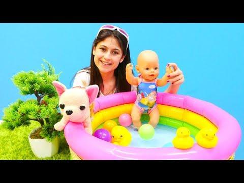 Xxx Mp4 Ayşe Loli'yi Ve Gül'ü Havuza Götürüyor 3gp Sex
