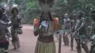 Onyilo kanyi naso.flv (Theresa Onuora a.k.a Egedege)