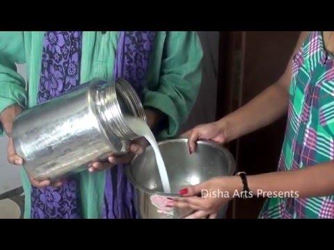 Doodhwala Enjoying With House Wife Scene