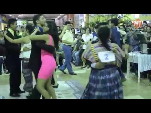Primer Concurso de Baile con Marimba organizado por Voces Vivas Academia Superior Jutiapa