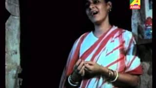 Momo Chitte Neete Nitte Keeje Naache Tata Thoi Thoi Tata Thoi Thoi