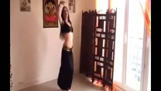 Beautiful Indian Girl H0t Belly Dance At Home