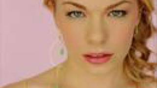 LeAnn Rimes ~Can't Fight The Moonlight (Remix)~