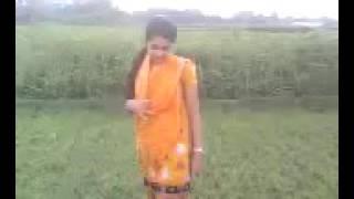 বাংলা গ্রামের মেয়ের সেইরকম নাচ