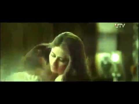 Xxx Mp4 Hot And Sexy Kareena Kapoor 1st On Screen Hot Sex Scene With Arjun In Heroine 3gp Sex