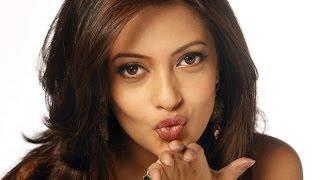 রিয়া সেনের বাজার গরম করা মন্তব্য ! Latest hit showbiz news !