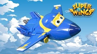 Super Wings Transforming Jerome from Auldey Toys
