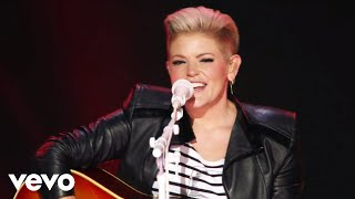 Dixie Chicks - Daddy Lessons (Live)