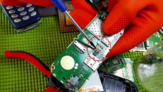 Recycle Gold from old mobile phone. recovery from cell phones. Telefone alte Handys Gold Recycling
