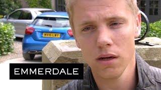 Emmerdale - Robert's Heart Breaks When He Sees Who Aaron Is With