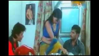 Sexy Bhabhi's Hot Dinner Special Cleavage Show