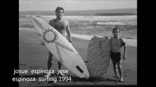 Kelly Slater  -  In black  and  white  1990 Surf  Movie