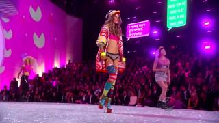 Neon Jungle - Trouble (Live Victoria's Secret Fashion Show 2013)