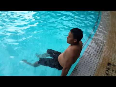 sex xxx kolam renang