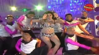 Veena Malik plays the sexy seductress I Dirty Picture  | Making of Kannada Movie Silk Sakkath Maga