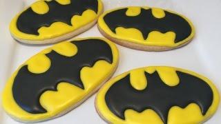 Batman Logo Cookies (Easy How To)