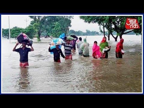 Xxx Mp4 Aaj Tak S Exclusive Ground Report From Flood Hit Bihar 3gp Sex